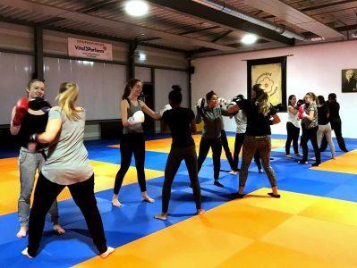 Kickboksen voor vrouwen in Houten